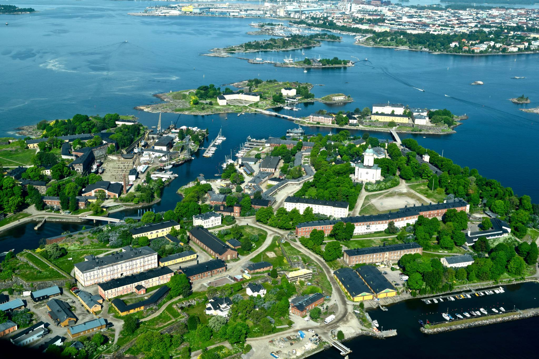 Enjoy Helsinki with eTips Travel Guide