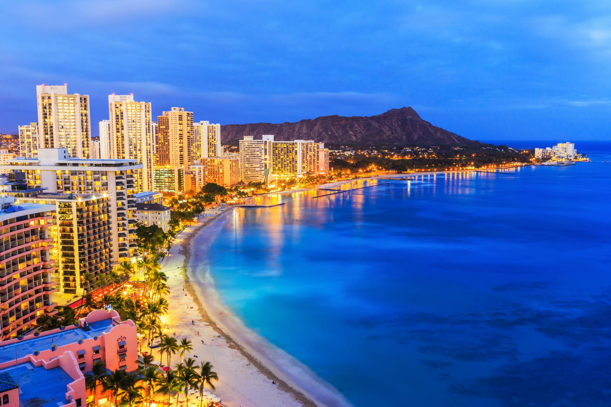 Enjoy Honolulu beaches with our travel guide