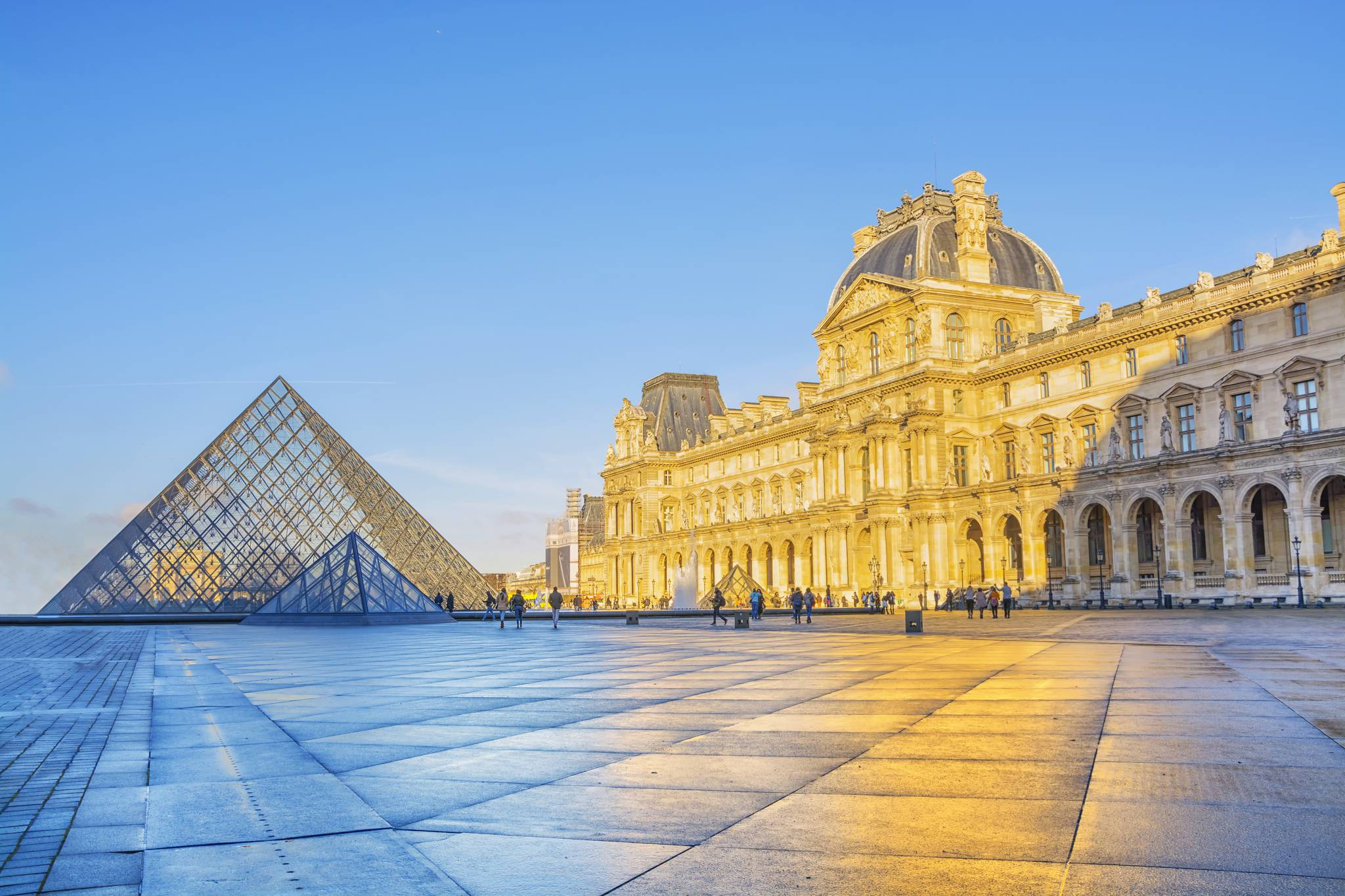 Louvre Museum in your pocket