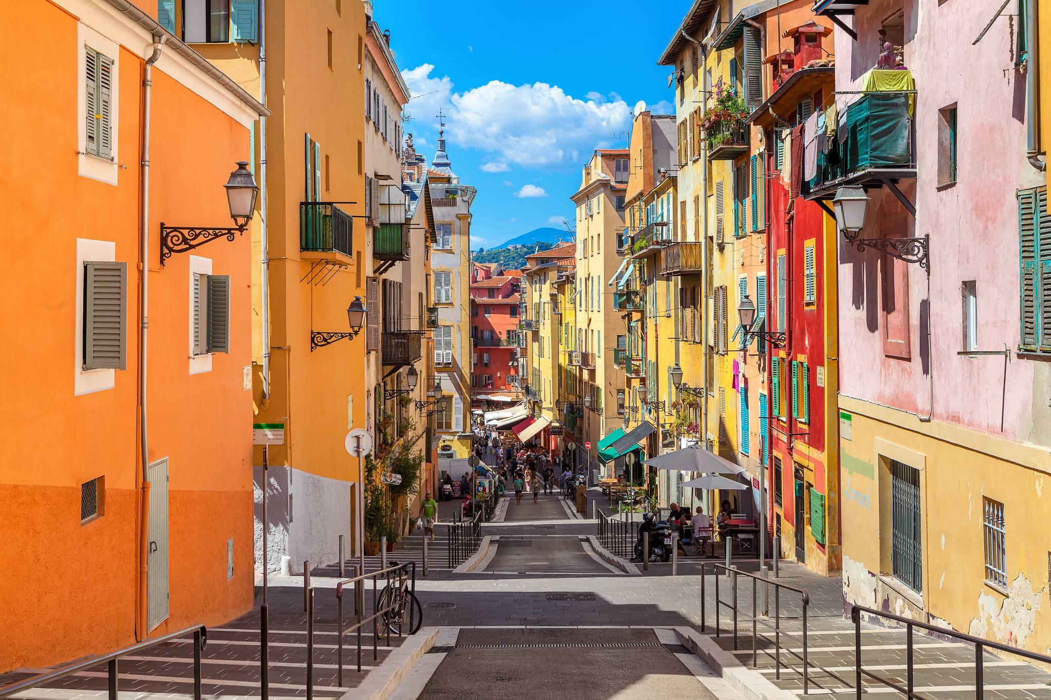 Travel to Nice with eTips Travel Guide