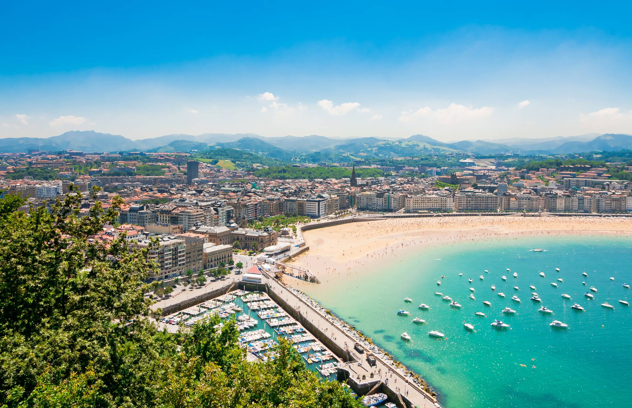 Travel to San Sebastian with eTips Travel Guide