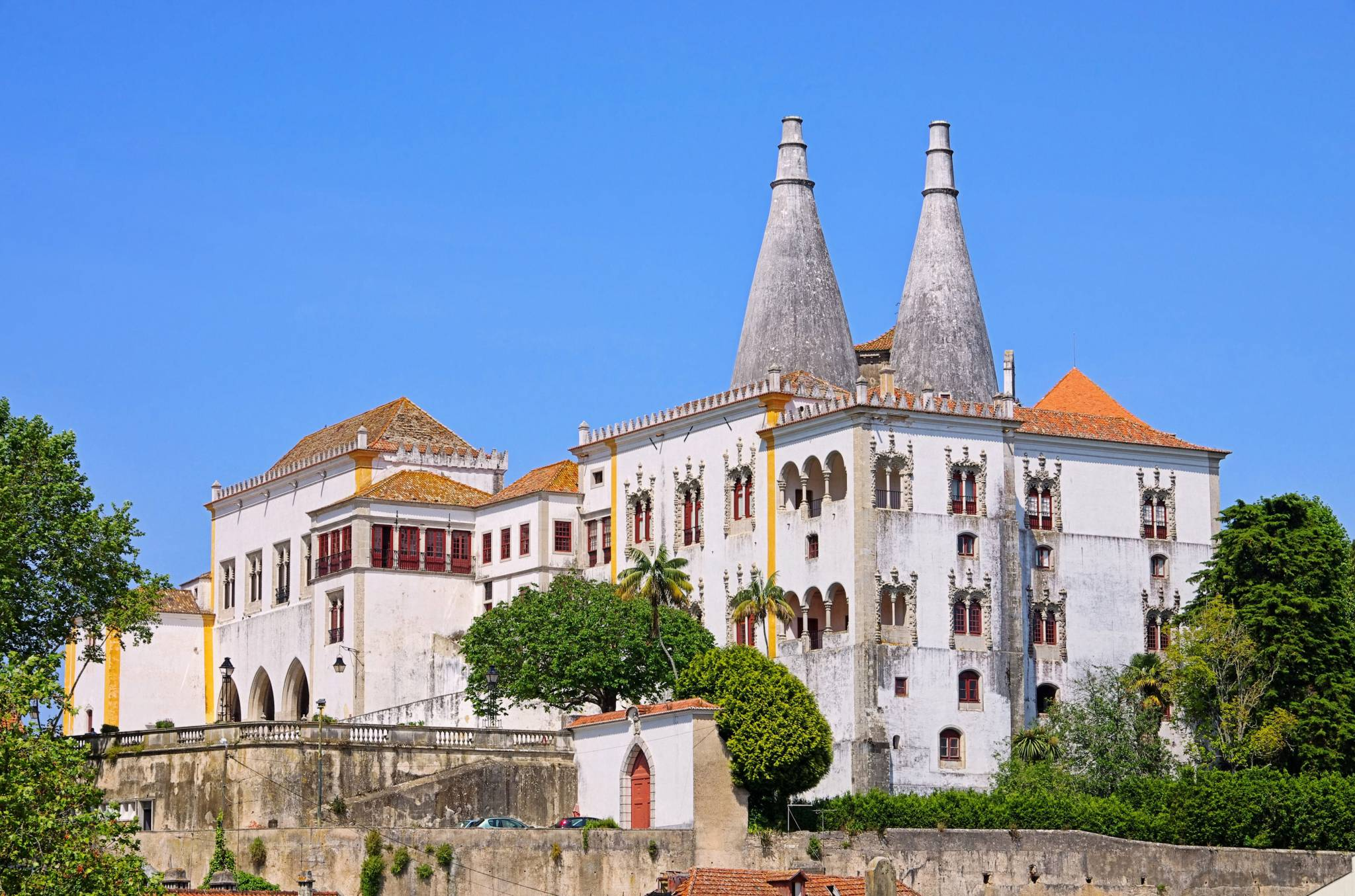 Travel to Sintra with eTips Travel Guide