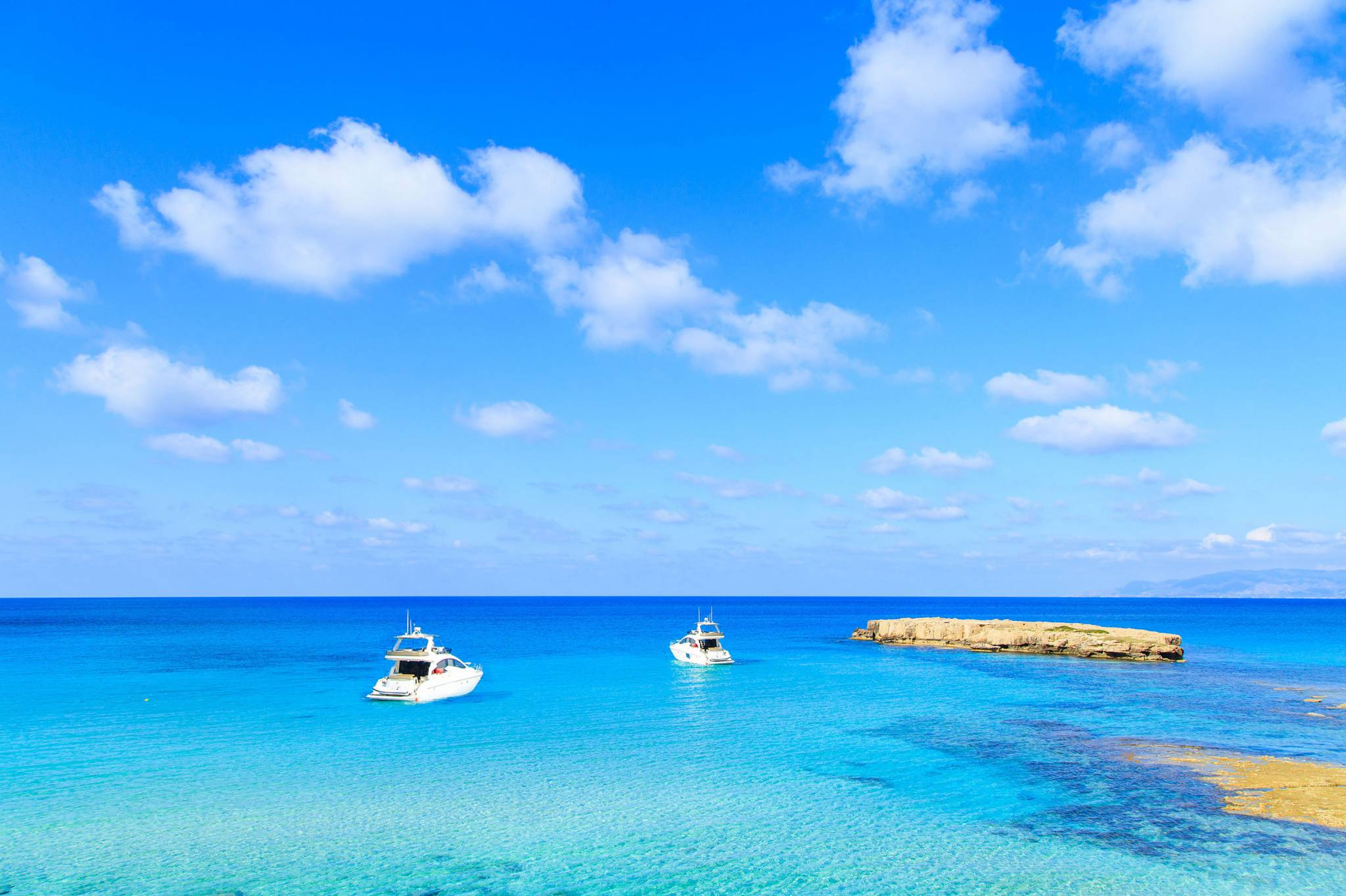 Enjoy Cyprus with eTips Travel Guide