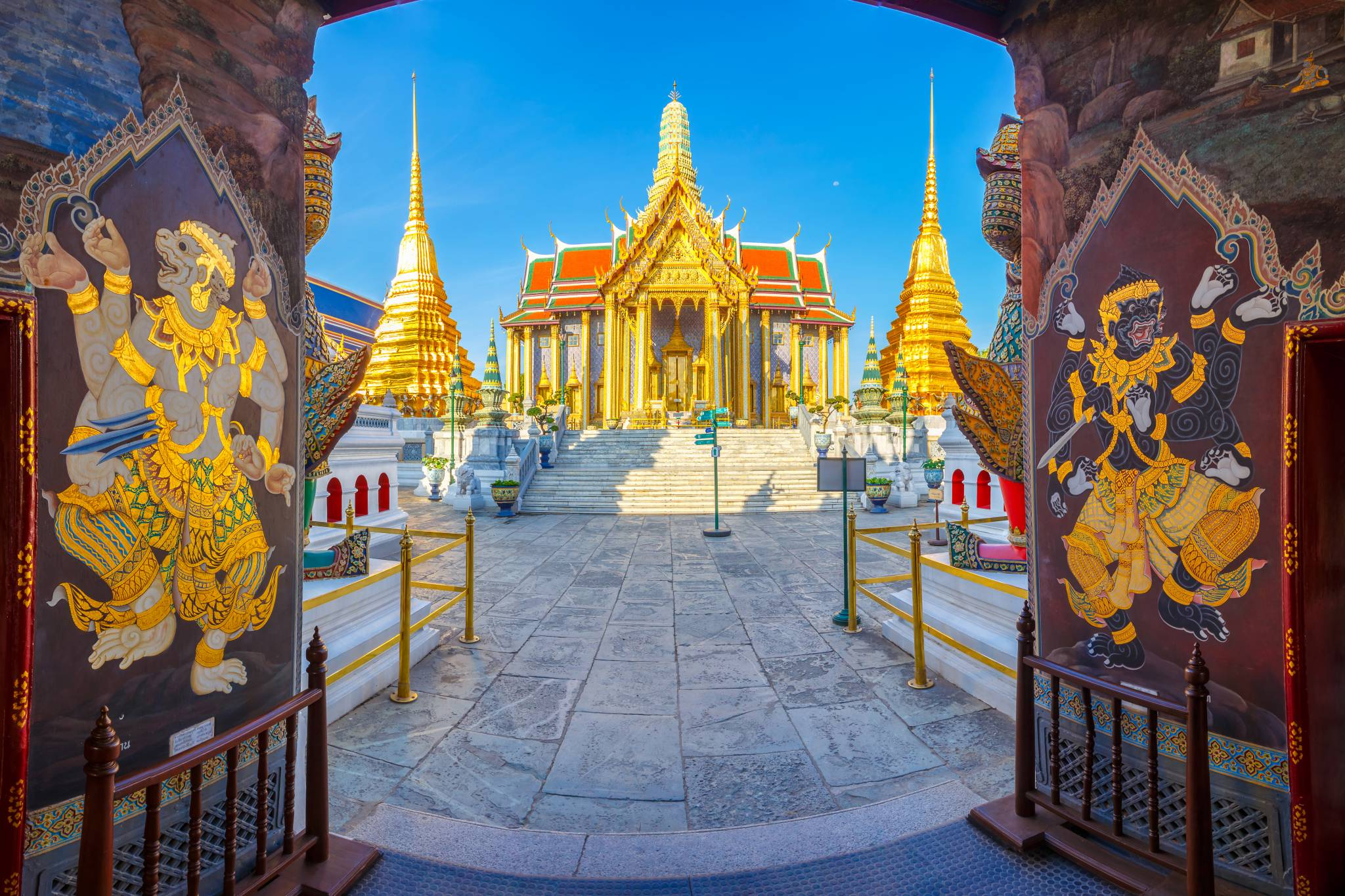 Travel to Thailand with eTips Travel Guide