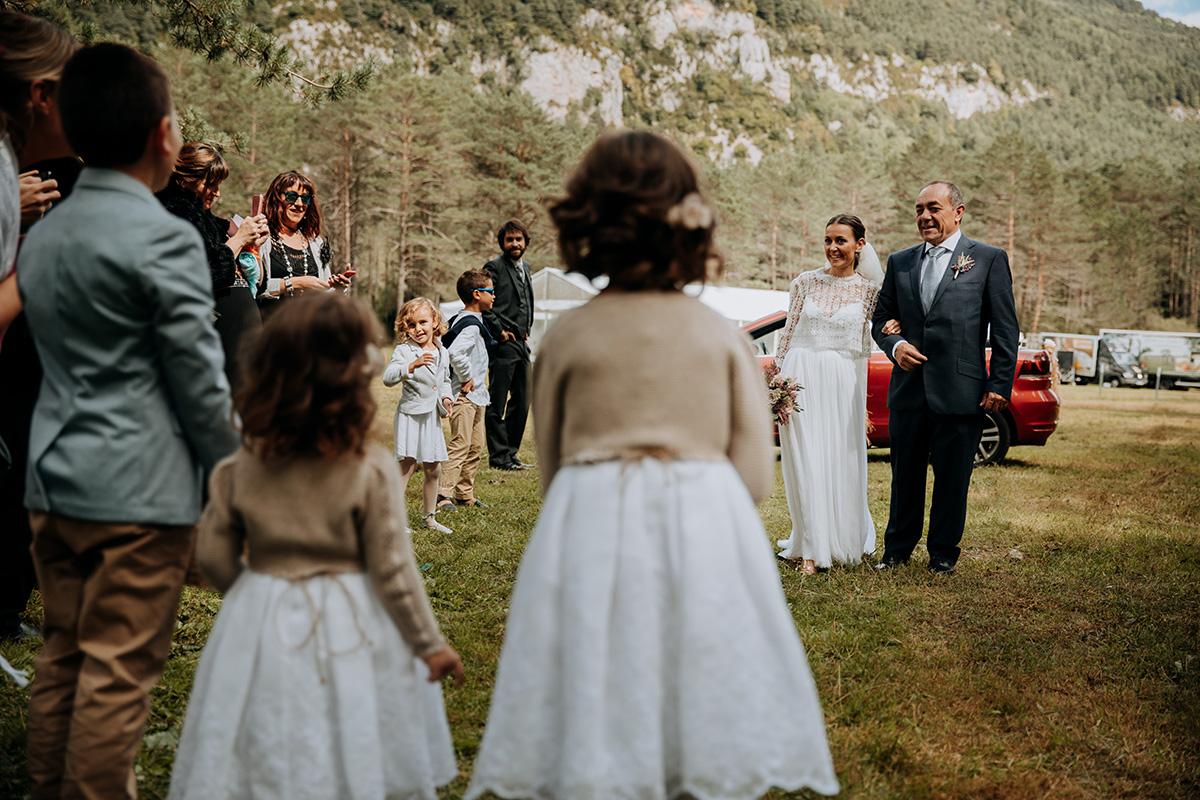 Boda-civil-zaragoza-huesca-pineta-pirineos-aragon-jose-reyes-destination-wedding_019.jpg