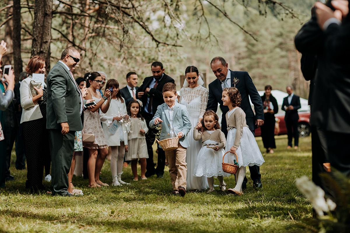 Boda-civil-zaragoza-huesca-pineta-pirineos-aragon-jose-reyes-destination-wedding_021.jpg