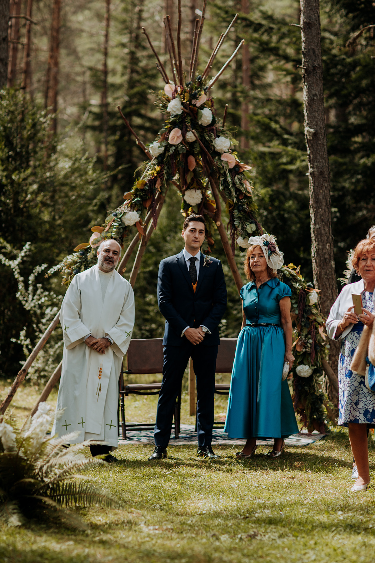 Boda-civil-zaragoza-huesca-pineta-pirineos-aragon-jose-reyes-destination-wedding_020.jpg