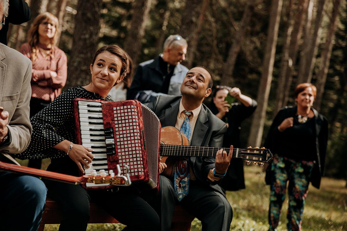 Boda-civil-zaragoza-huesca-pineta-pirineos-aragon-jose-reyes-destination-wedding_022.jpg
