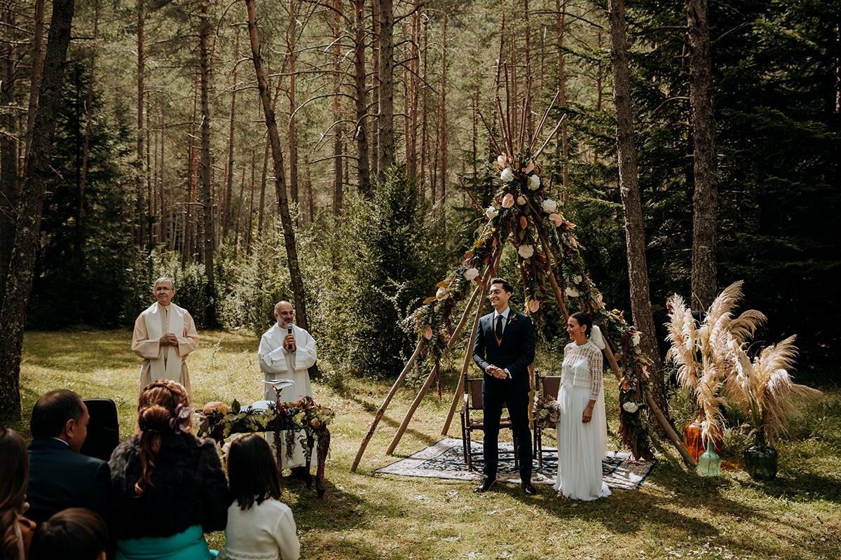 Boda-civil-zaragoza-huesca-pineta-pirineos-aragon-jose-reyes-destination-wedding_026.jpg