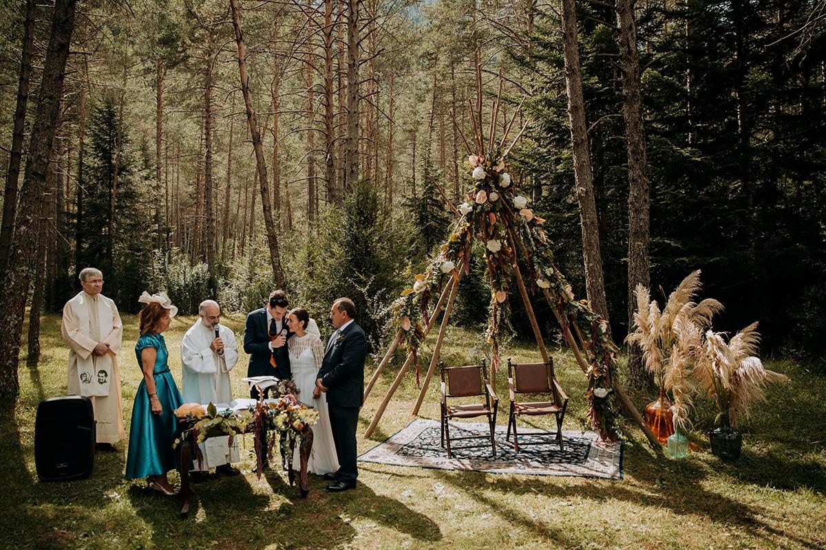Boda-civil-zaragoza-huesca-pineta-pirineos-aragon-jose-reyes-destination-wedding_031.jpg