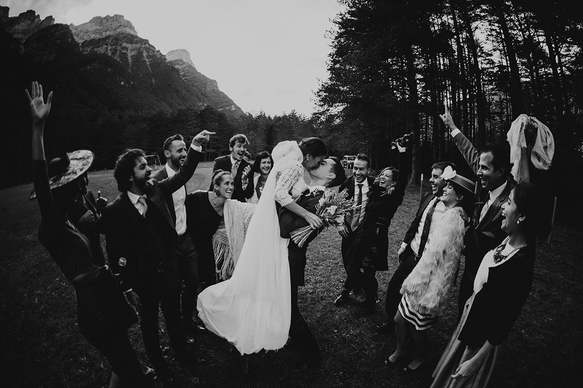 Boda-civil-zaragoza-huesca-pineta-pirineos-aragon-jose-reyes-destination-wedding_051.jpg