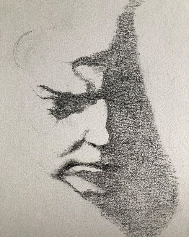 Drawing only shadow! This from a sculpture bust of Beethoven @atelierdebresoles Thanks Eric!