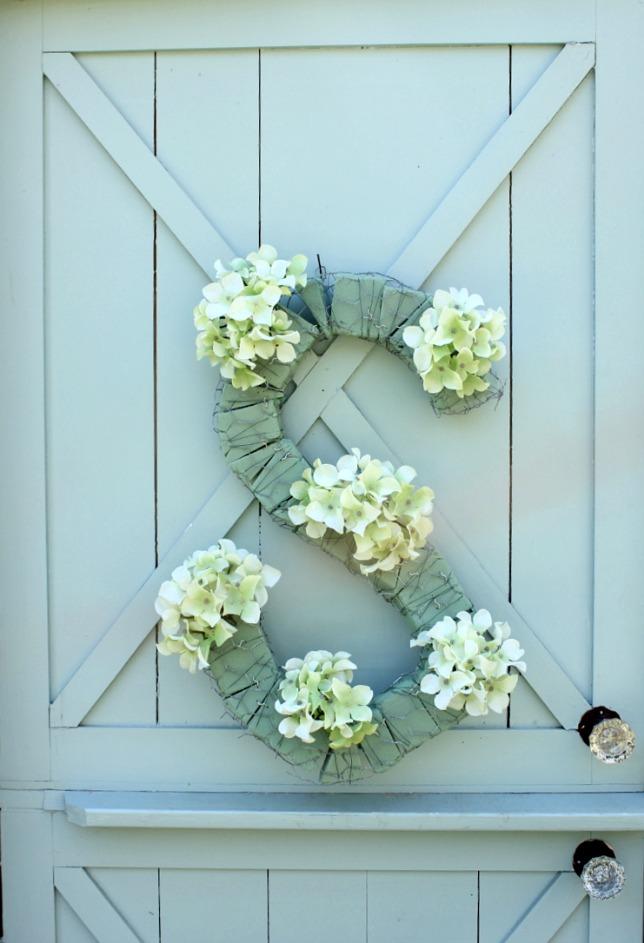 monogram-floral21.jpg