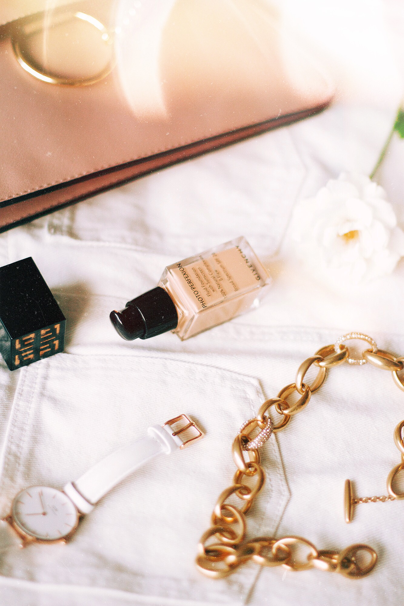 Givenchy Foundation Photo Perfexion x Kate Caviar