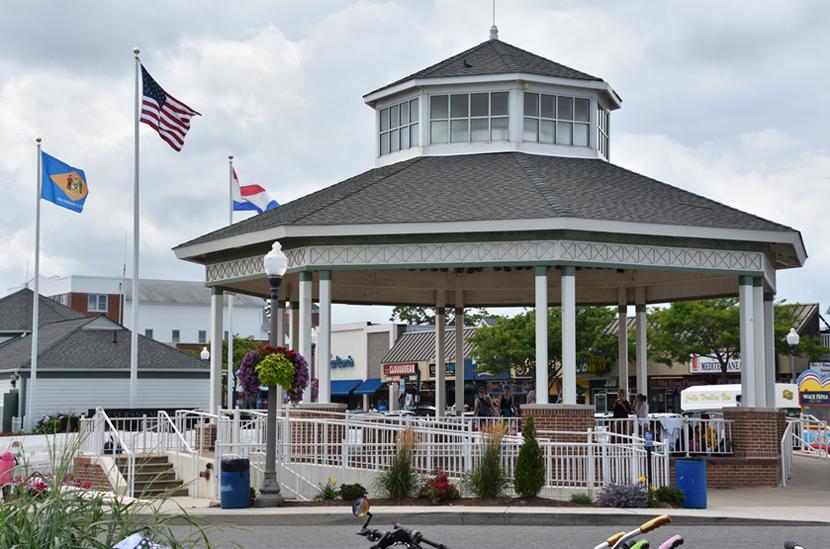 CoastalResortCommunities_rehoboth-bandstand.jpg
