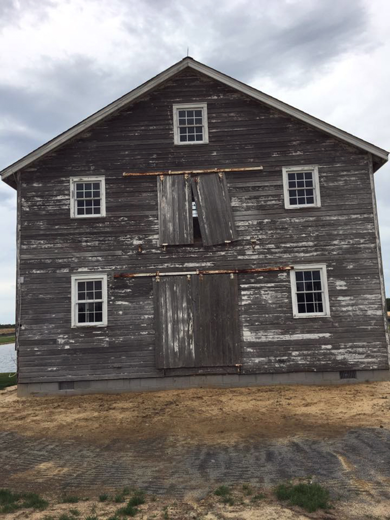 CanalfrontBuilders_WaterwheelHouse-before-front.jpg