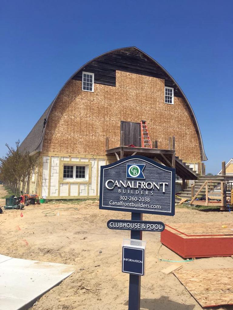 Showfield_barn-renovation-sign.jpg
