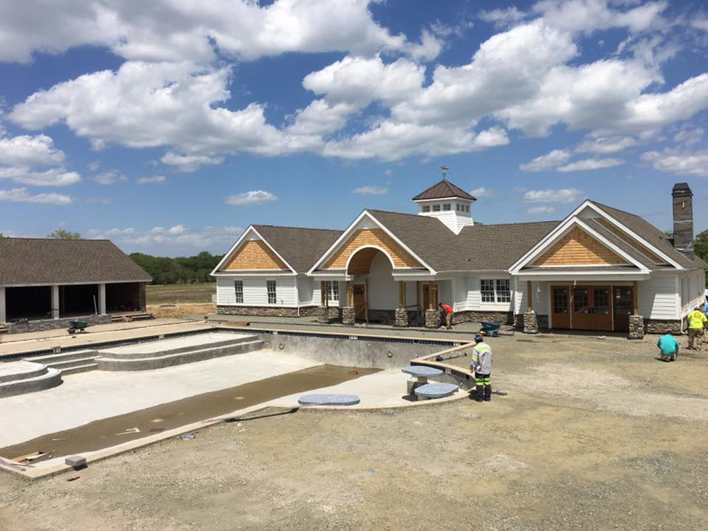 CanalfrontBuilders_Showfield-construction-pool.jpg