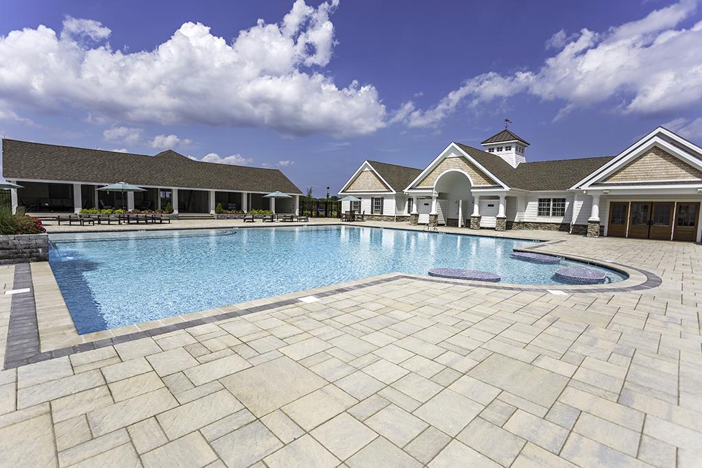 Showfield_pool-swim-up-tables.jpg