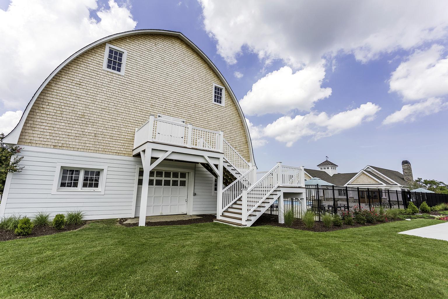 Showfield_barn-front-closer.jpg