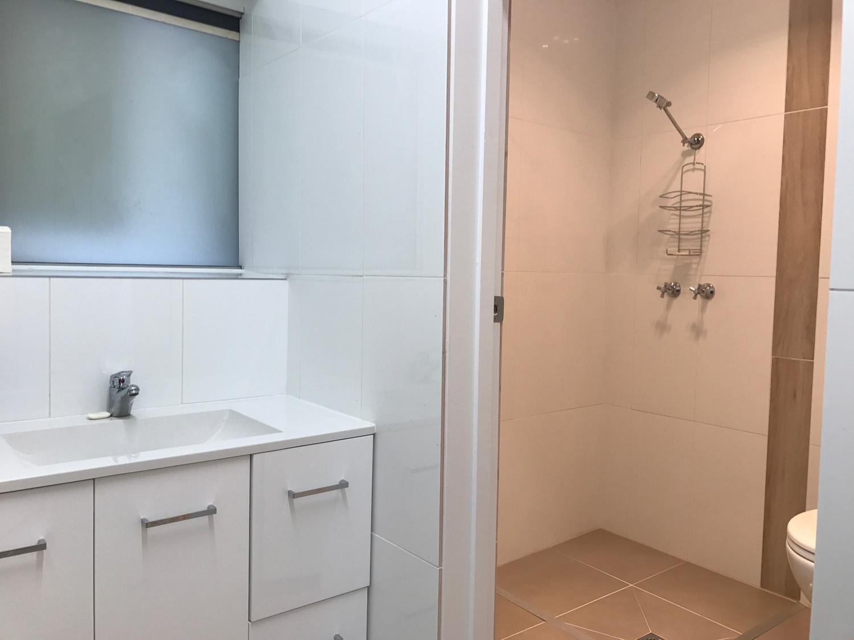 OKeefes bathroom.jpg