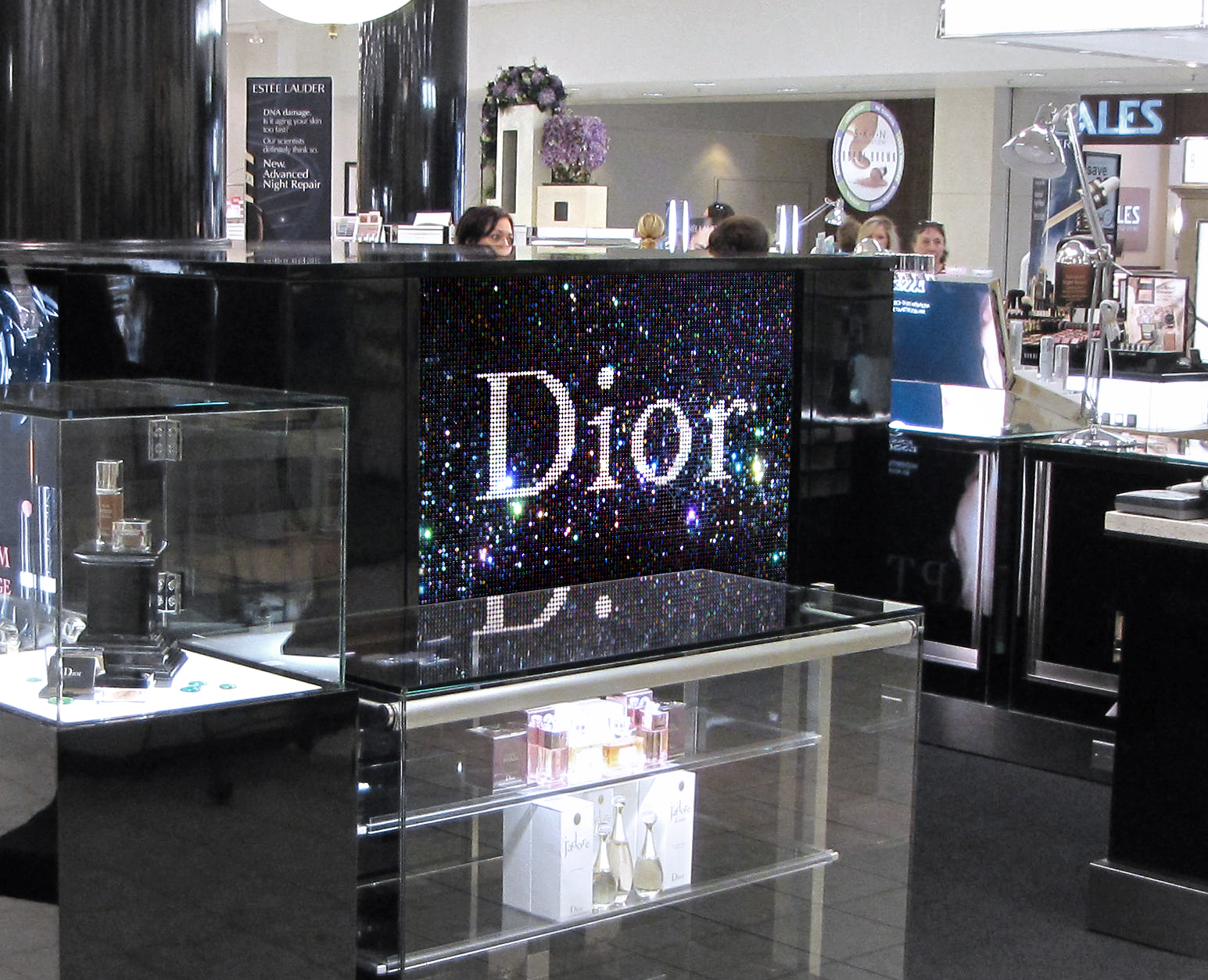 CHRISTIAN DIOR  Sequined store signage