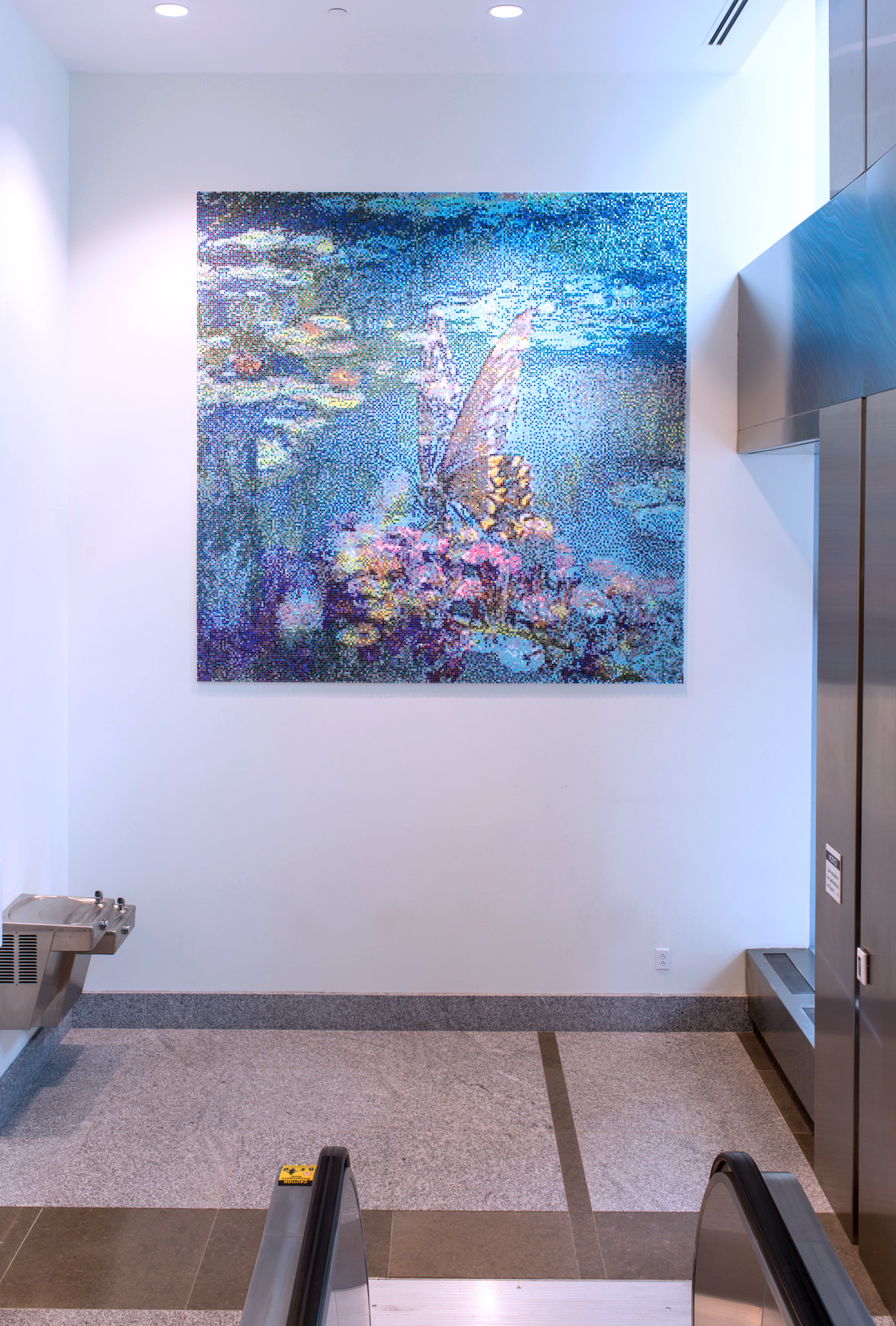 FAMILY COURT BUILDING, PHILADELPHIA  Soothing Monet-inspired lobby art