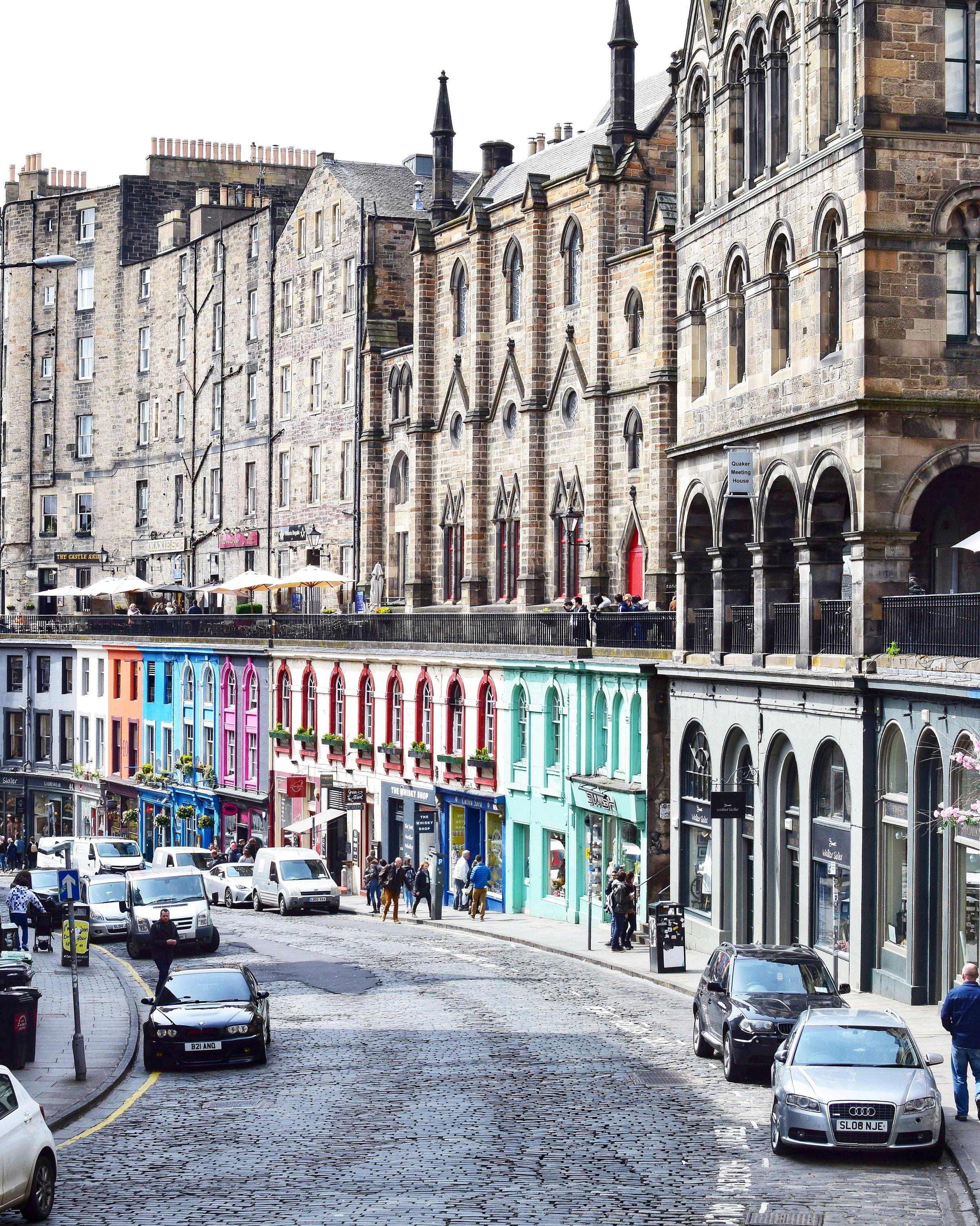Diagon Alley (Victoria Street, Edinburgh, Scotland)