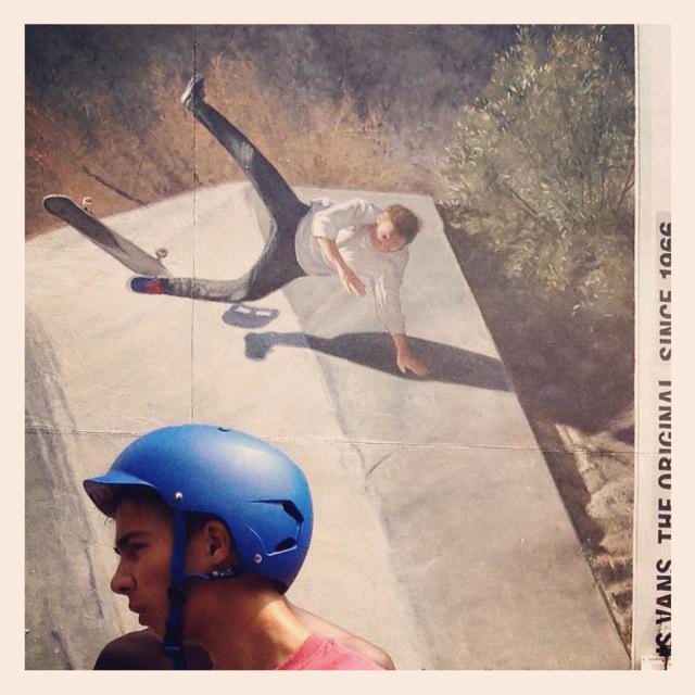 skater mureal.jpg