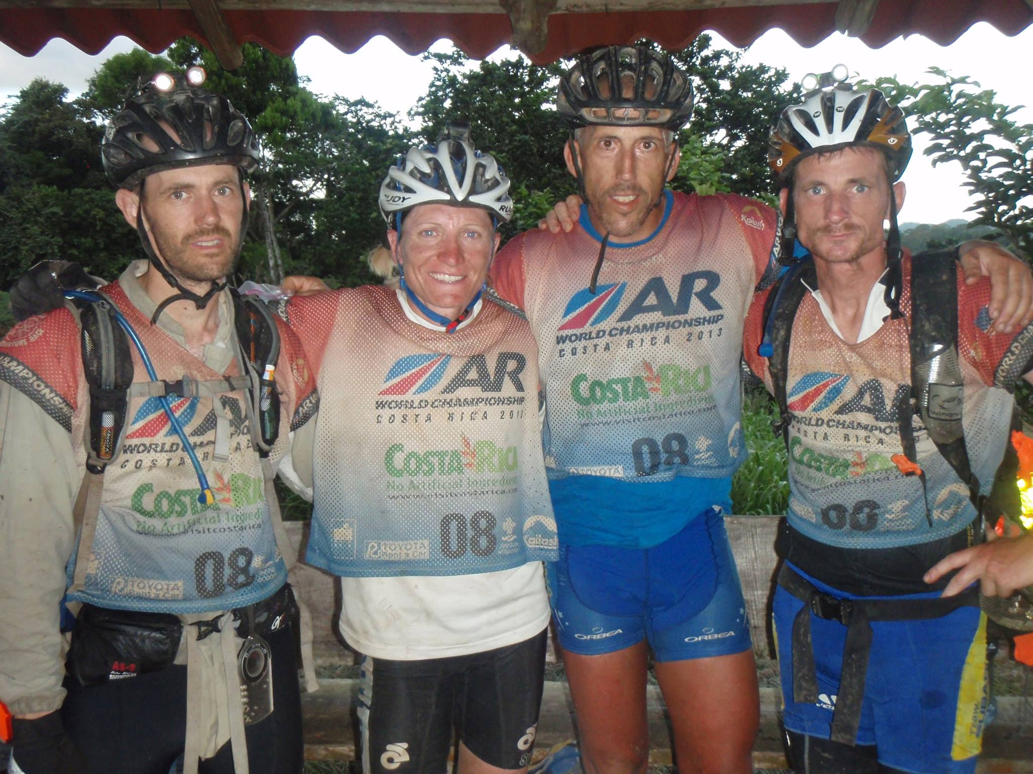 Costa Rica Zipline Team.jpg