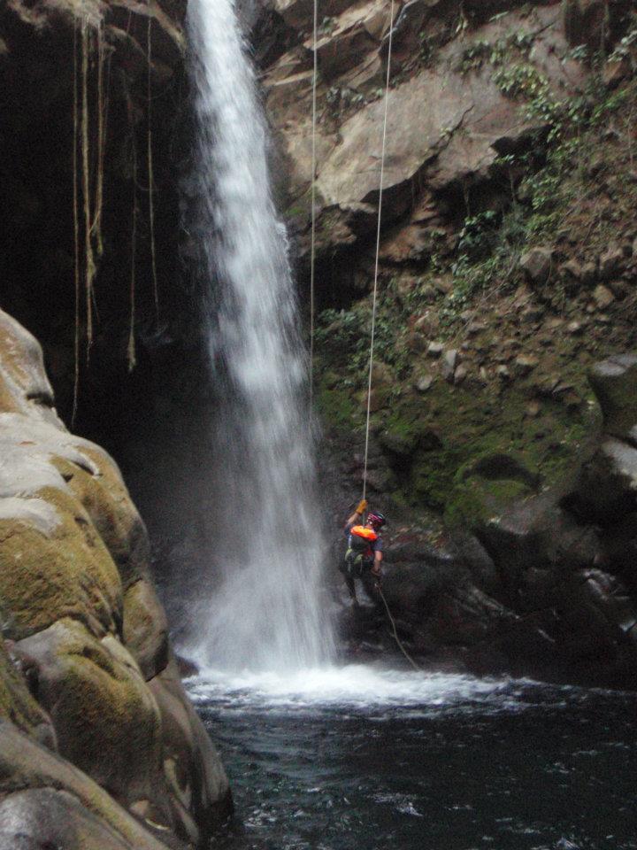 Costa Rica 2012 Rappel.jpg