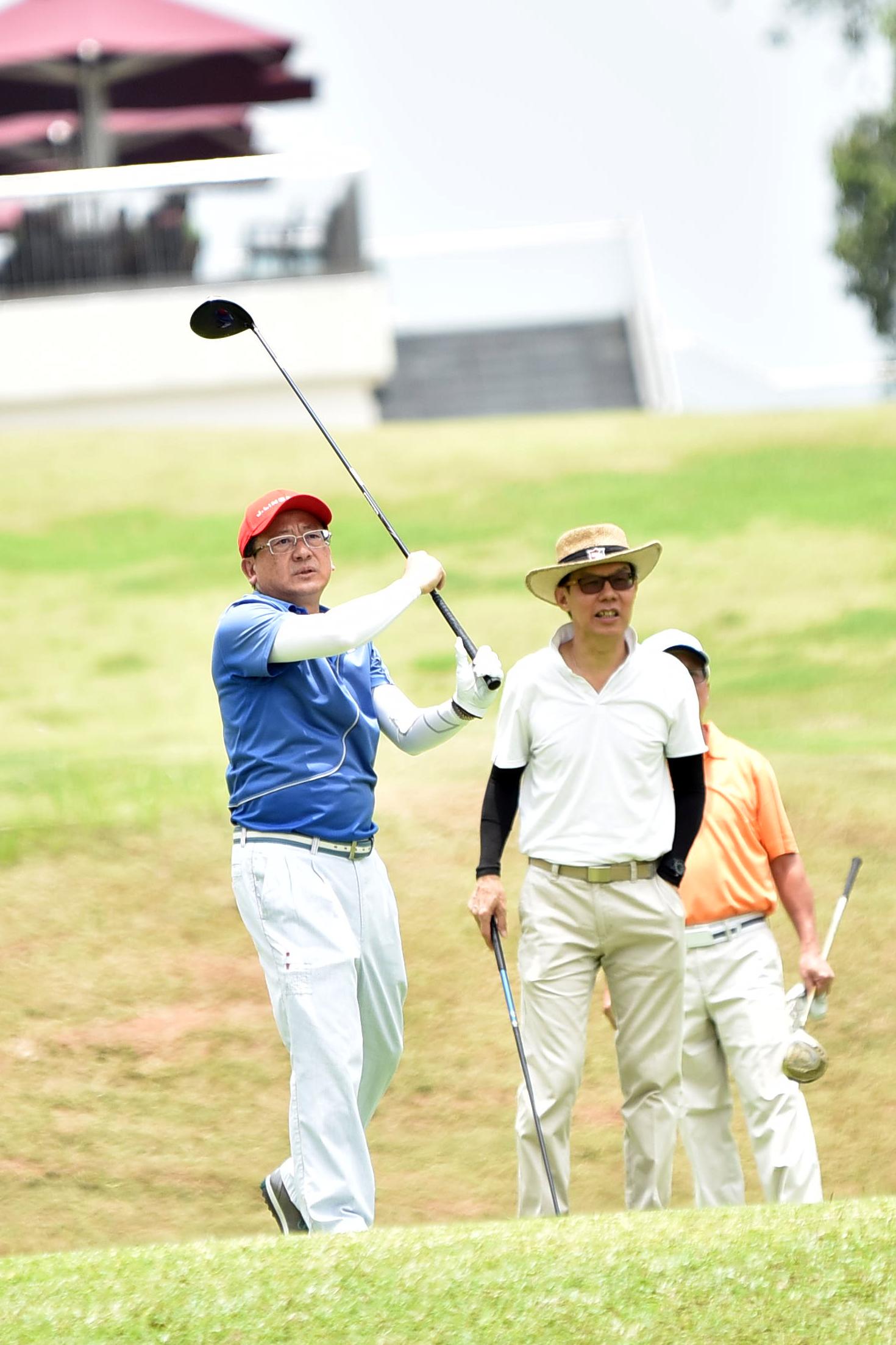 TC-golf0205.JPG