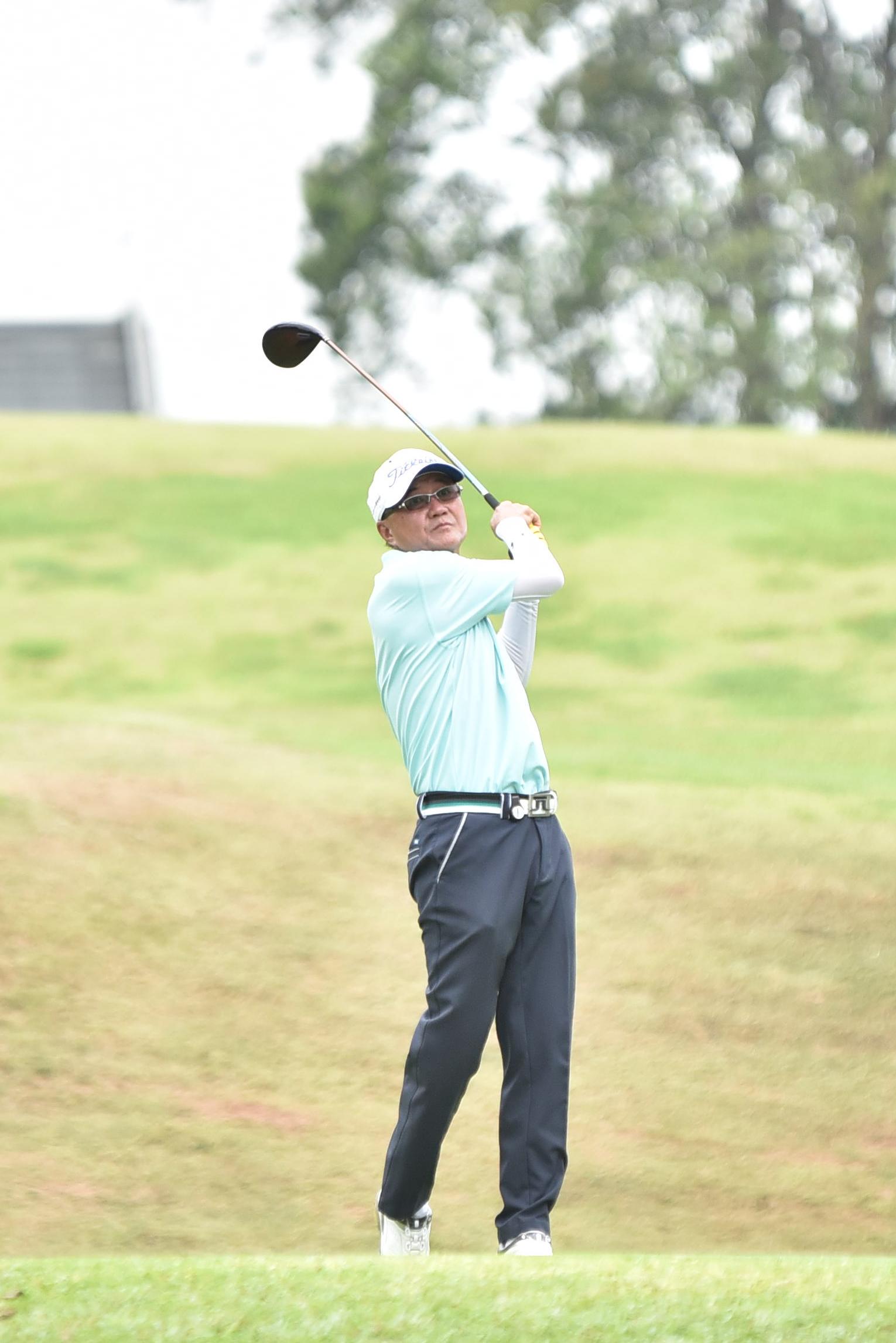 TC-golf0304.JPG