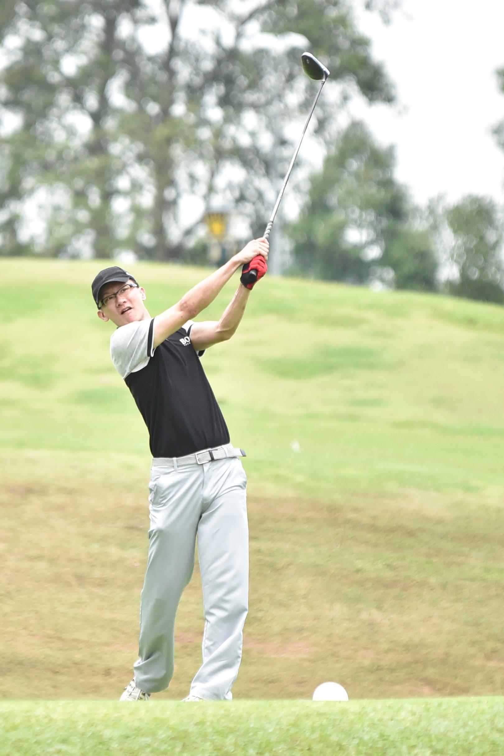 TC-golf0306.JPG