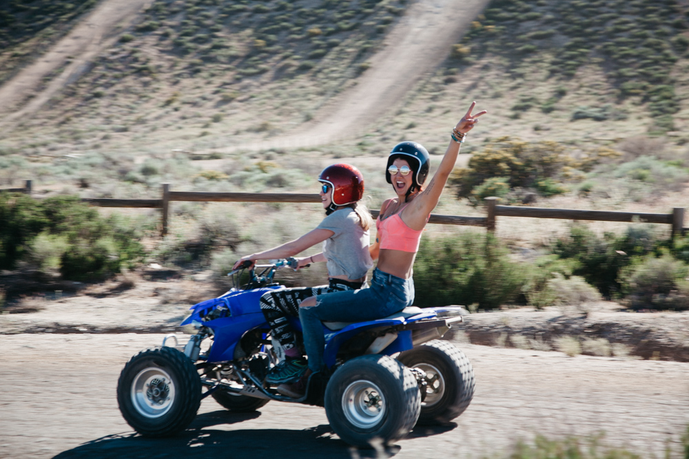 women-motorcyle-dirtbike-camp-female-badass-motorbike-racing-california-oregon-05