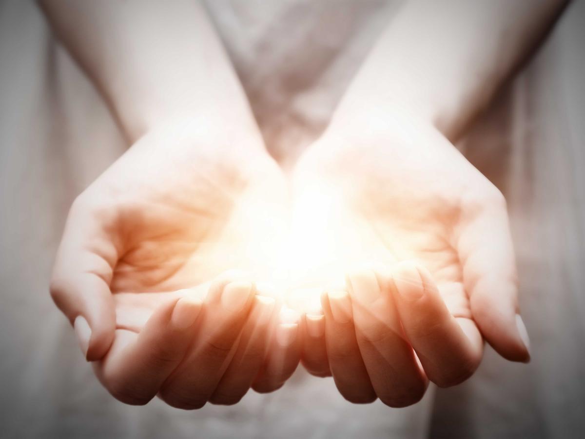 reiki healing hands 2*.jpg