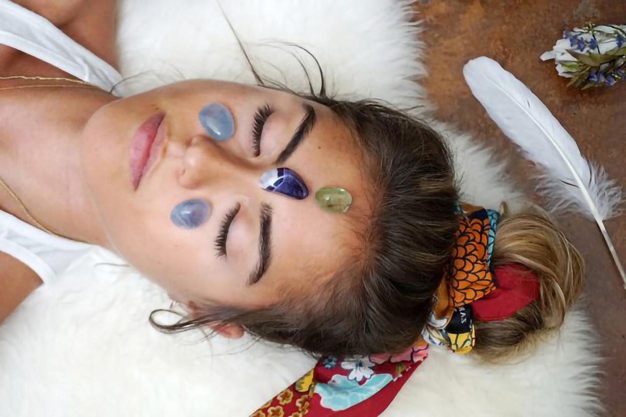 Gemstone Energy Medicine | Radiantly Alive Yoga