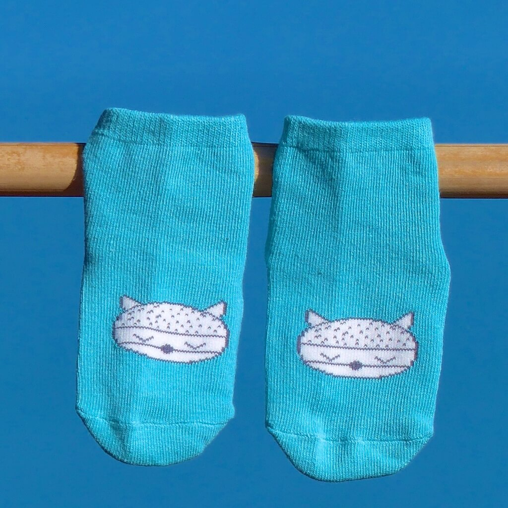 30% off teal Socks - only $3.40! antislip soles - sizes newborn - 2 years