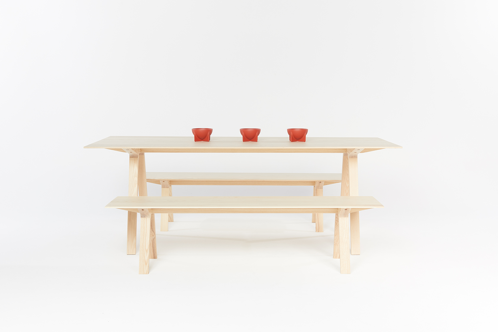 Louis bench by Mast Furniture and designed by Tom Fereday. Modern, handmade furniture.