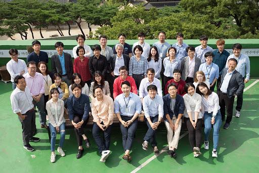 The Newstapa staff team in Seoul