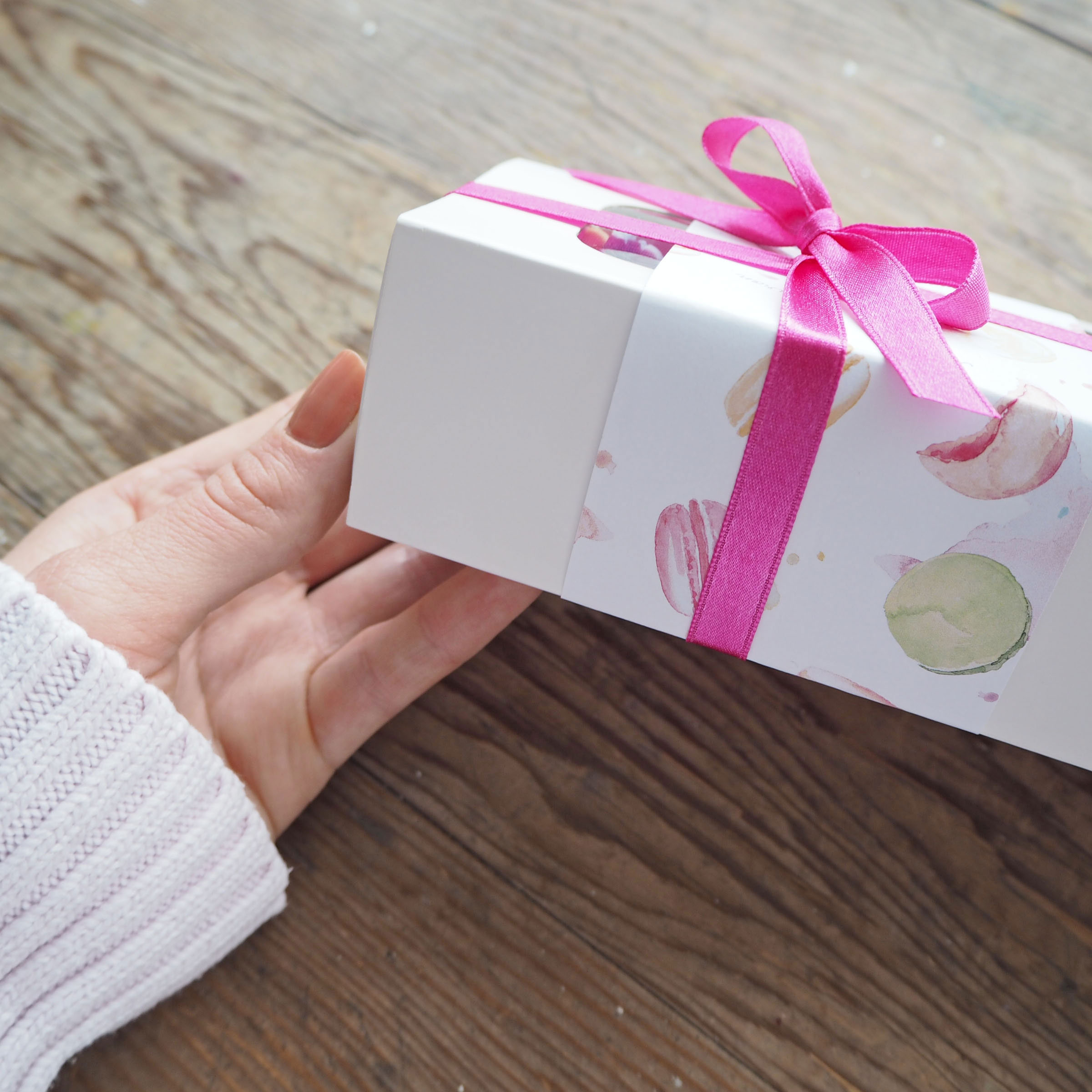 Boutique Macaron - Product Packaging