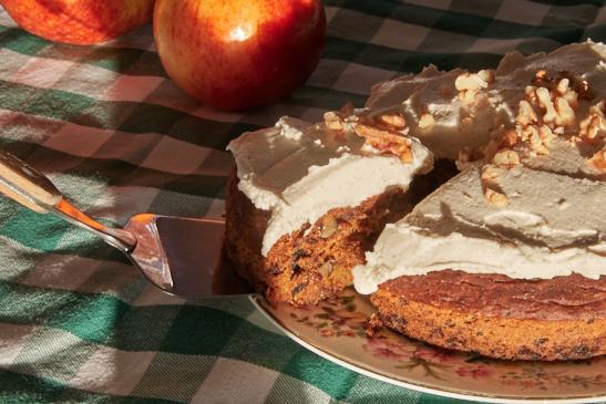 Cashew cake for Nottingham nutritionist