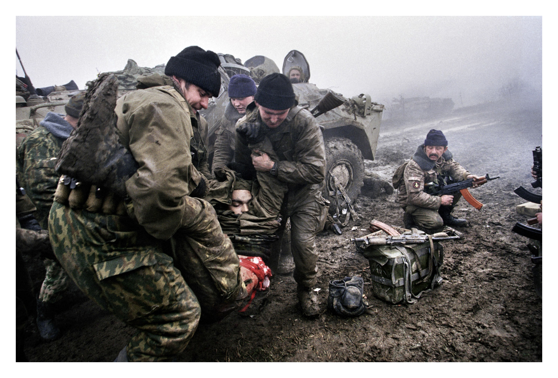 TSENTOROI, CHECHNYA-DECEMBER 1999Soldiers wounded