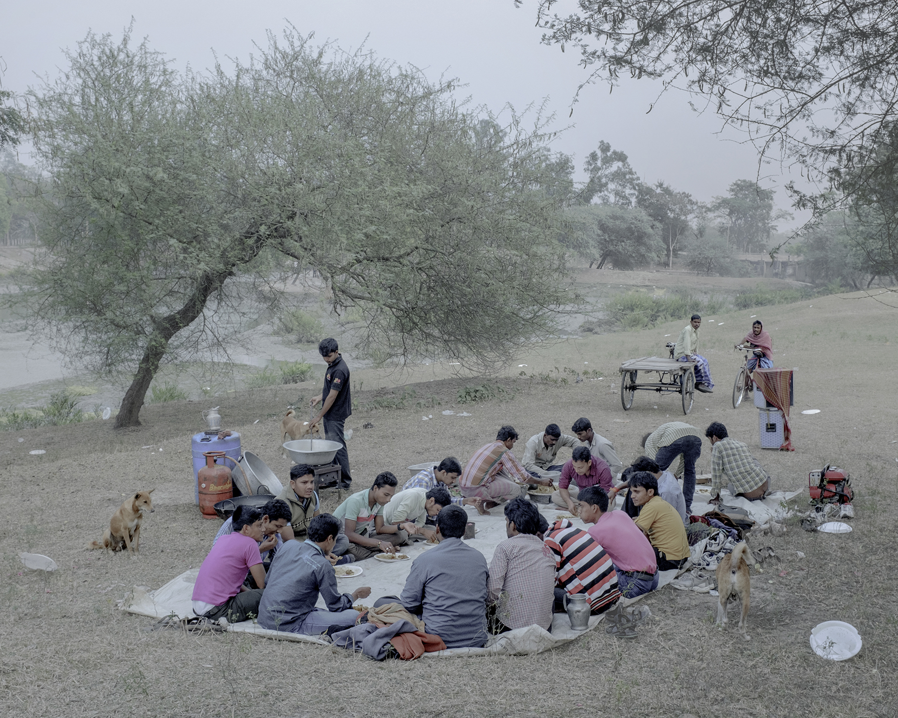 India, Rajasthan, Badoo, January 2015. Picnicking is far from a simple affair in eastern India. In a land where the fleeting months of December to February offer the only time to 'enjoy' the otherwise unbearable tropical sun, picnicking is a winter pastime that's taken very, very seriously.