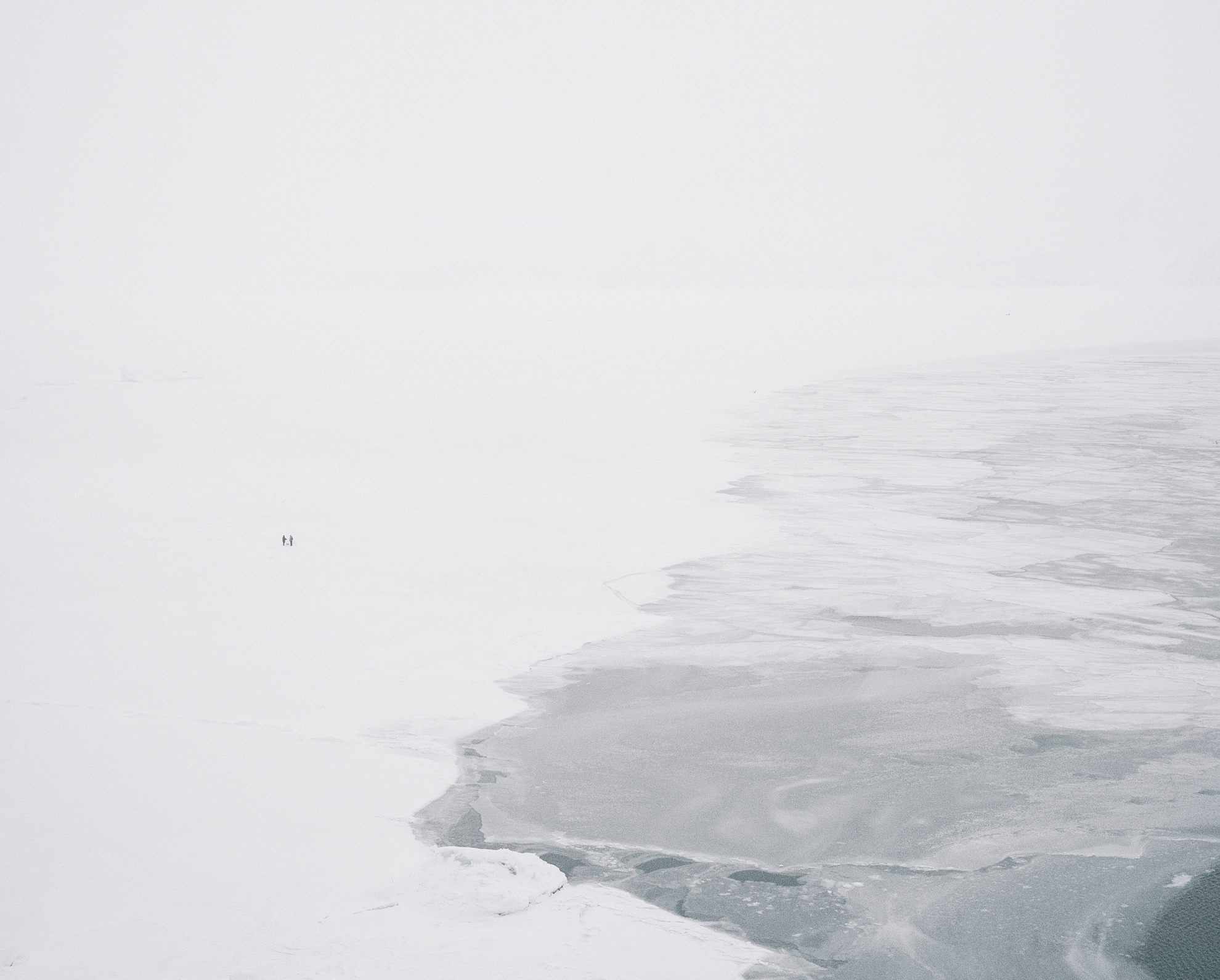 Normally in late spring or early winter, the temperature of the sea around Uummannaq drops below zero and the ice slowly starts to freeze. This connects Uummannaq to the surrounding settlements and the mainland, which is reachable by snow scooter or dog sled.
