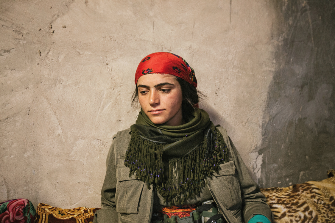 Gulchin (Munire Mina), a fighter from the HPG, few months before she died. Sinjar, Iraq, November 2015.