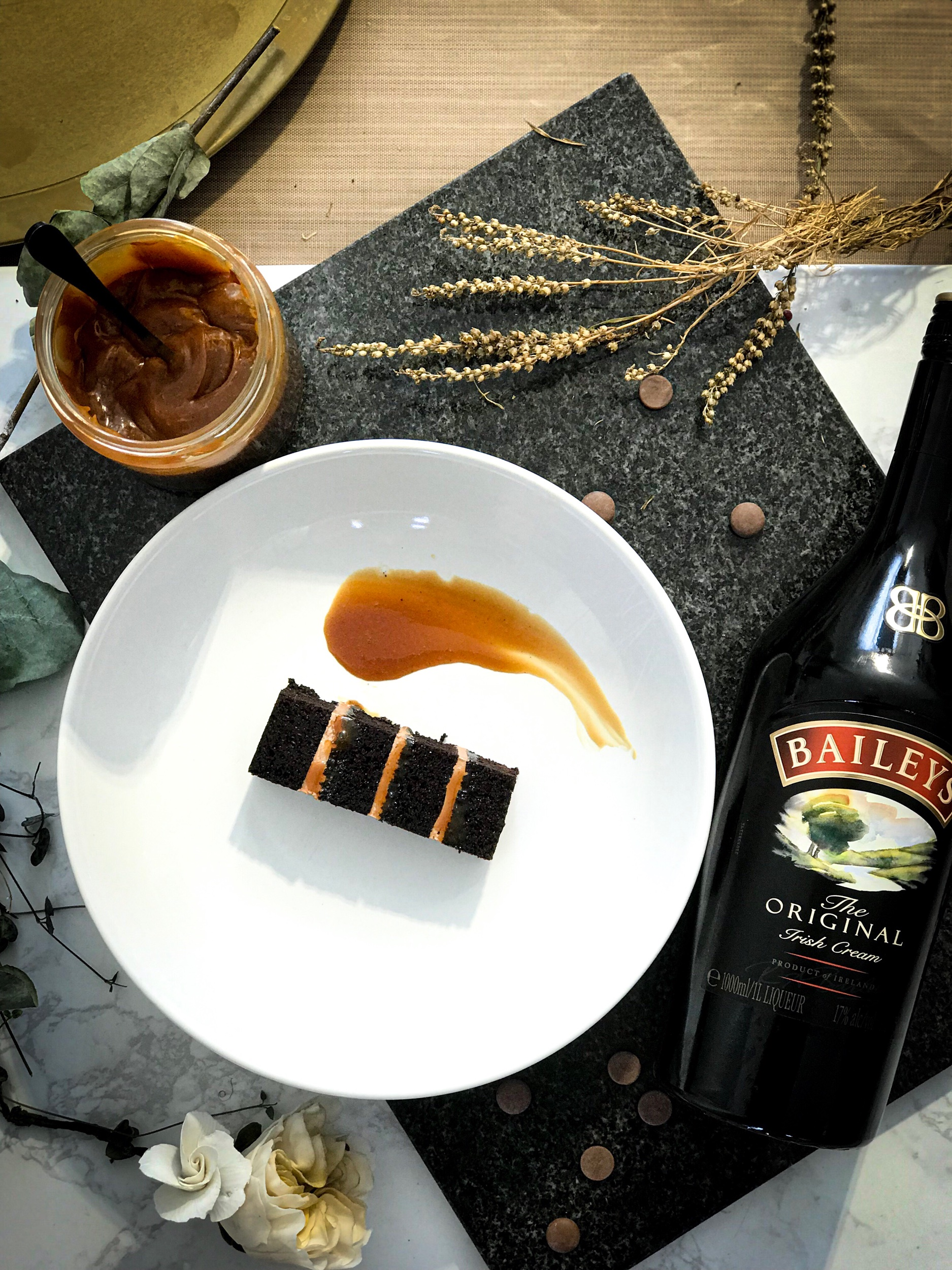 SALTED CARAMEL CHOC.  Salted Caramel and Chocolate never disappoint, and when you have that little hint of baileys in it? It's party time!