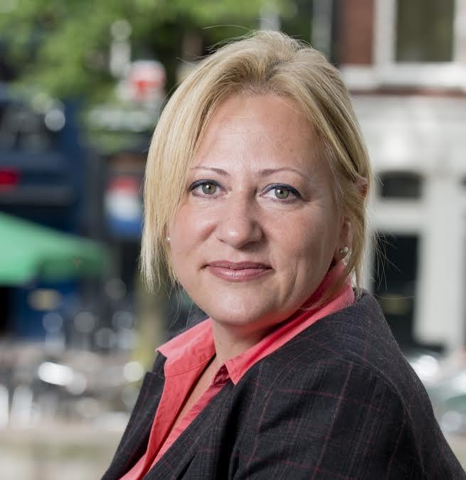 Dr. Veronica Stahl