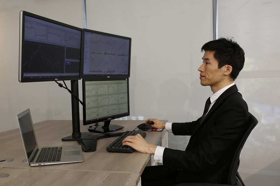 computer-3033135_960_720.jpg