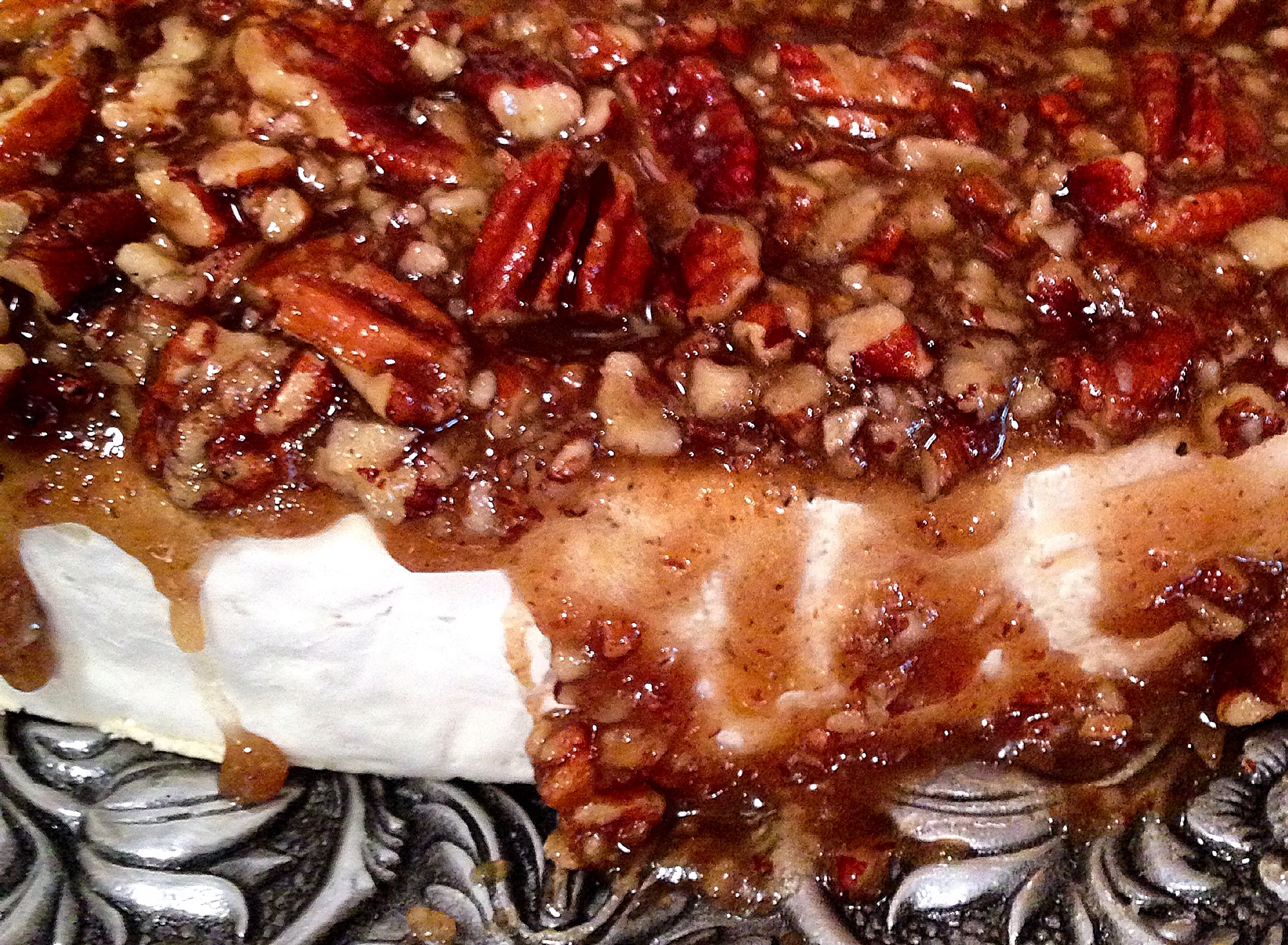 Brie With Maple Glazed Pecans